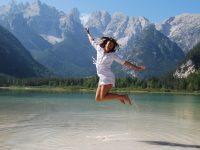 girl-jumping-for-joy-3849870_1920